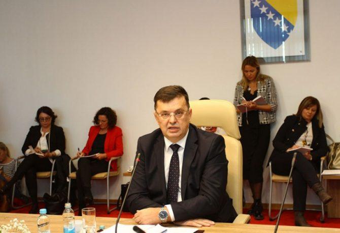 Zoran Tegeltija punom parom sastavlja kabinet
