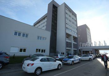 Dvije osobe zaražene virusom korona preminule na UKC-u RS