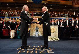 SVEČANOST: Peteru Handkeu uručena Nobelova nagrada za književnost, u Stokholmu i skup podrške i protest