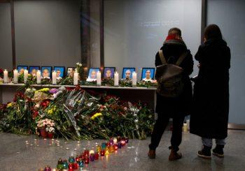 """NOVI SNIMAK: Ukrajinski """"boing"""" pogodile dvije rakete"""