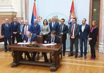 PARTNERSTVO STEVANDIĆ - VUČIĆ: Potpisan sporazum o saradnji Ujedinjene Srpske i SNS-a