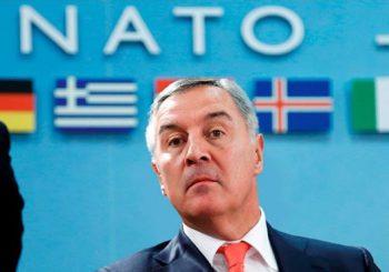 VLAST U CRNOJ GORI NA KOLJENIMA: NATO zahtijeva vanredno stanje