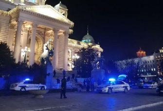 Muškarac se ubio ispred Skupštine Srbije
