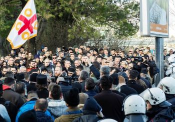 """SPINOVANJE I PODVALE: """"Dušebrižnici"""" i """"opozicioni"""" mediji forsiraju sukob Vučić-Mitropolit Amfilohije, kako bi abolirali Mila Đukanovića!"""