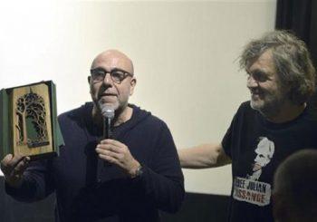 KUSTENDORF: Kusturica uručio nagradu Paolu Virciju
