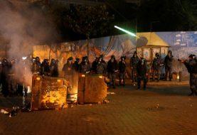 IZVEDENA VOJSKA Veliki sukobi policije i demonstranata u Bejrutu (VIDEO)