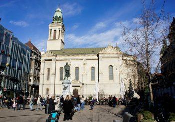 INCIDENT: U centru Zagreba uhapšena žena, vrijeđala pravoslavne vjernike