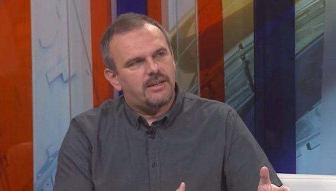 """PRIZNANJE ZA ROMAN """"PAS I KONTRABAS"""": Saša Ilić dobitnik NIN-ove nagrade"""