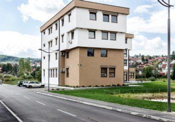 DOK DRUGI KUBURE SA PROSTOROM: U Šipovu i Loparama nude dijelove opštinskih zgrada u zakup