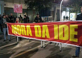 """PROTEST U PODGORICI: Đukanović """"mora da ode"""""""