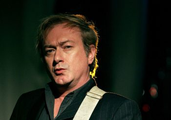 "Preminuo Endi Gil, gitarista i osnivač poznatog novotalasnog benda ""Gang of Four"""