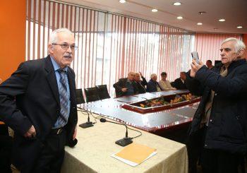 AKO NE BUDE PROMIJENJEN ZAKON: Ilić i Savez penzionera i potomaka pozvaće građane na bojkot izbora