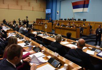 OPOZICIJA NIJE BILA NA GLASANJU: NSRS podržala izjave Dodika o posjeti Đukanovića, usvojena dva zaključka