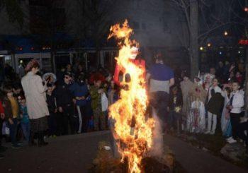 Na karnevalu spaljena lutka sa likom Martine Mlinarović Sopta