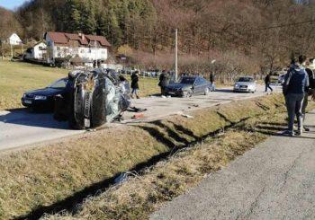 Teška saobraćajka u Tesliću, saobraćaj obustavljen