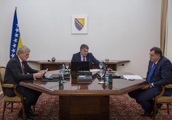 """""""VIRUS MIJENJA NAČIN ŽIVOTA"""": Predsjedništvo BiH usvojilo 18 zaključaka o borbi sa koronom"""
