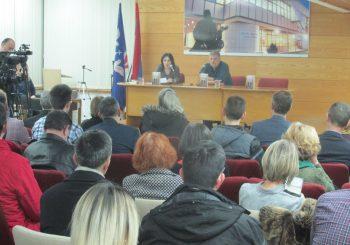 """VLADIMIR KECMANOVIĆ U BIJELJINI: Publici predstavljeno novo izdanje romana """"Feliks"""""""