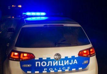 """PRNJAVOR: Uhapšen muškarac, na auto-putu """"9. januar"""" iščupao rampu i razbio kamere"""