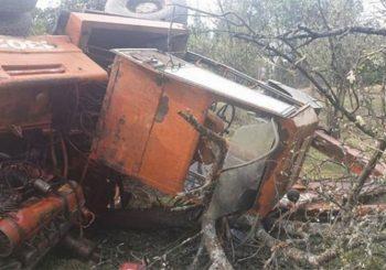 OZREN: Prevrnuo se bager, vozač ostao živ