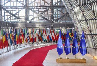 MINISTRI SE POSVAĐALI I NAPUSTILI SASTANAK Da li će korona razbiti EU?