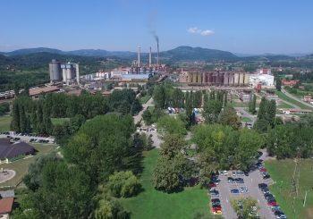 """PRIČA O RADNICIMA """"ALUMINE"""" KOJI ŽIVE U SRBIJI: Ostali da rade u fabrici za vrijeme korona virusa"""