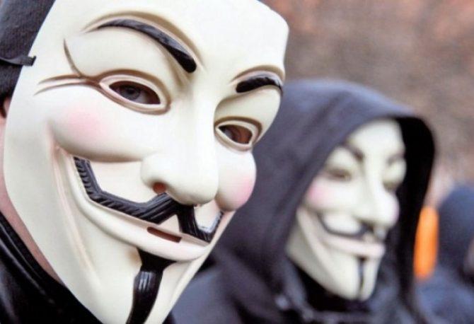 """""""DOSTA KORUPCIJE I NASILJA"""": Hakerska grupa """"Anonimusi"""" pokrenula napade na policiju Mineapolisa"""