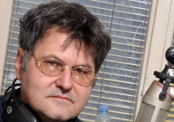 """OSEBUJNI HUMOR: Elvis J. Kurtović snimio pjesmu """"Ja ne smijem dobiti koronu"""" (VIDEO)"""