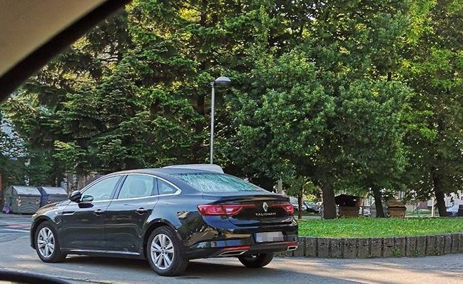 BANJALUKA: Nepropisno parkiranje u modi (FOTO)