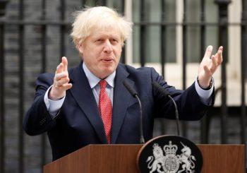 AKO IM SE PROMIJENI STATUS U KINI: Boris Džonson nudi milionima stanovnika Hong Konga britanske pasoše