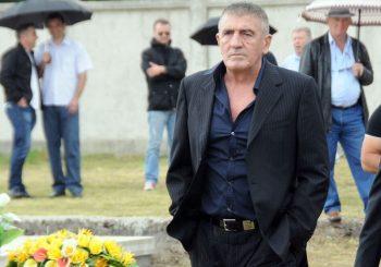 DOSLJEDAN POBORNIK SRPSTVA: Brano Mićunović nije zaboravio porijeklo i vjeru