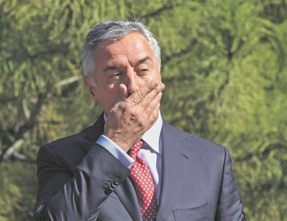 Milo Đukanović, Crna Gora (glas javnosti)