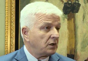 Crnogorski premijer Duško Marković 'poludio' zbog Andrije Mandića, direktora policije nazvao nesposobnjakovićem