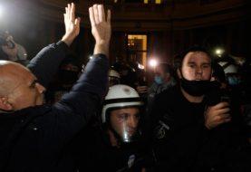 Bilans protesta u Beogradu, povrijeđeno 20 ljudi