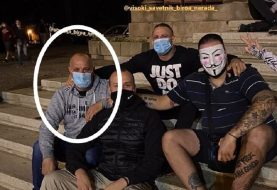 Na protestu ispred Skupštine Srbije i Ranko Crni Đurišić, osuđivano lice iz Crne Gore (FOTO)
