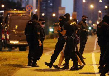 """BJELORUSIJA: Nakon predsjedničkih izbora uhapšeno 3.000 demonstranata, Lukašenko ih nazvao """"ovcama"""""""