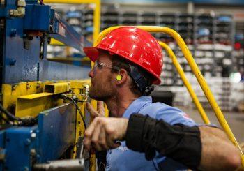 """MJERE VLADE RS DONIJELE REZULTATE """"U RS izgubljena 13.022 radna mjesta, zaposleno 12.938 radnika"""""""