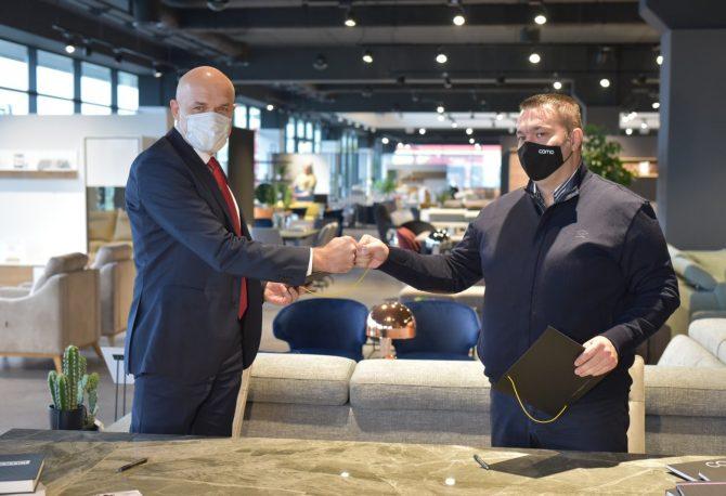 Klijentima UniCredit Bank Banja Luka na raspolaganju beskamatni krediti za kupovinu namještaja u Como salonu