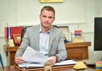 Stanivuković opet pokazao neznanje: Gradonačelnik ne zna da grad nije nadležan za bilborde uz magistrale