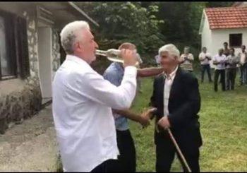 Zdravko Krivokapić (ni)je alkoholičar?