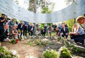 KOMEMORACIJA ZA 77 LJUDI: U Norveškoj obilježena decenija od Brejvikovog masakra