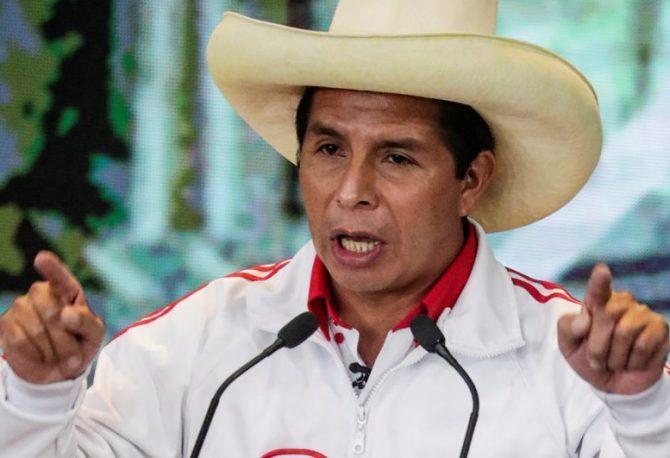 BROJALI GLASOVE ČITAV MJESEC: Radikalni ljevičar Pedro Kastiljo novi predsjednik Perua