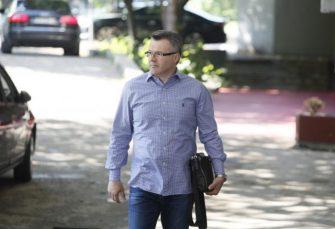 Bečić: Napadima na najbliže i izmišljenim aferama pokušavaju da oslabe Vučićevu poziciju i naruše njegov ugled
