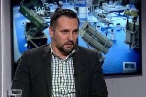 ON POSTAJE GLAVNI KREATOR ANTISRPSKE KAMPANJE: Predstavlja se kao vojni ekspert, a o tome ne zna ništa